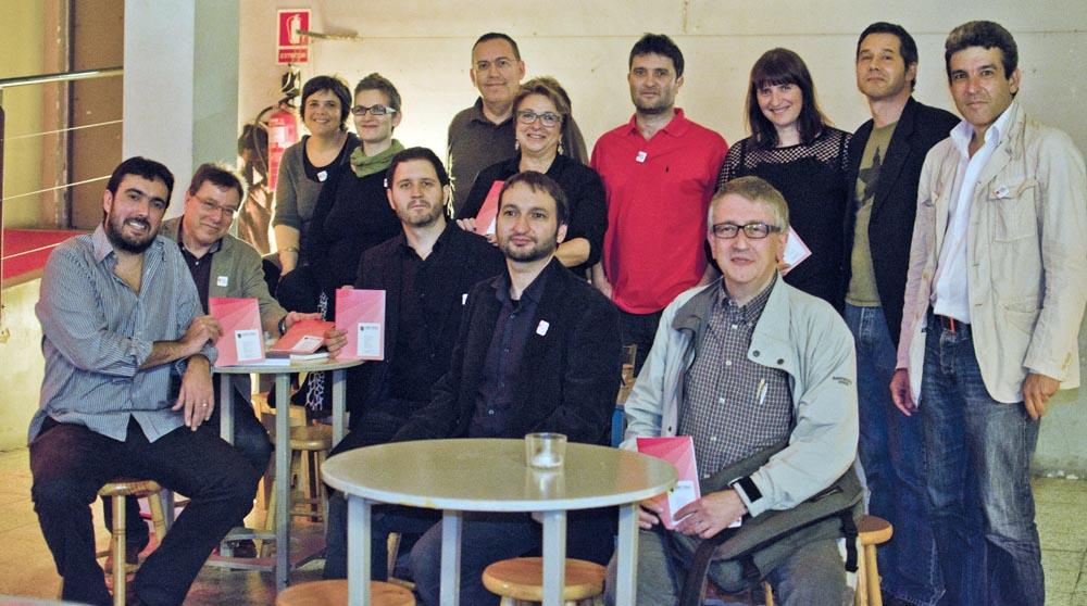 Editors de 'Llegir en català'. Fotografia de Carles Domènec.
