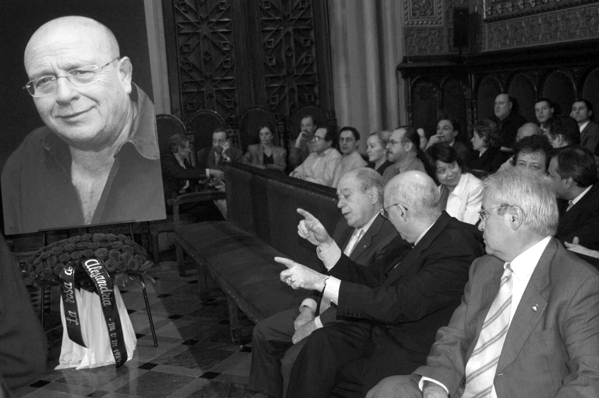 Funeral de Manuel Vázquez Montalbán. Universitat de Barcelona. Fotografia de Carles Domènec.