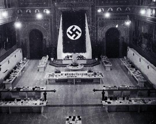 Universitat de Barcelona. 1941.