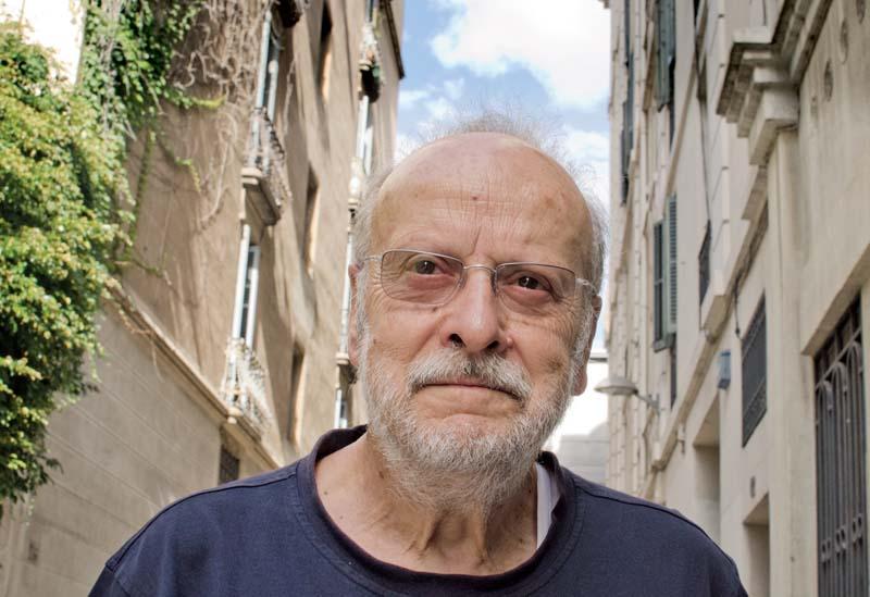 Joaquim Carbó acaba de publicar Pantalons curts, les seves memòries d'infantesa