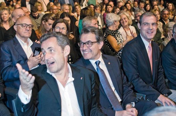 Nicolas Sarkozy i Artur Mas a Pedralbes. © Fotografia de Carles Domènec