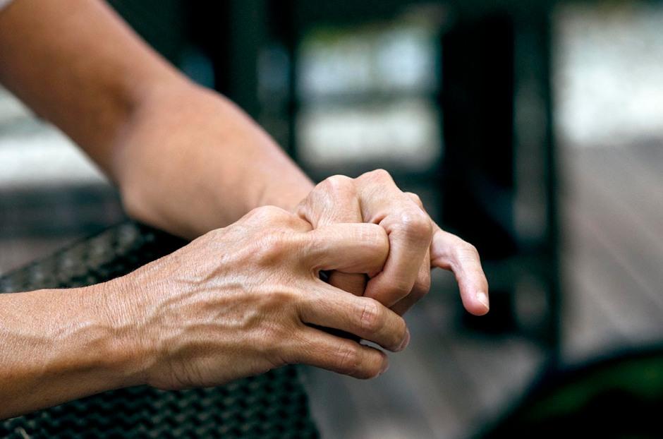 Les mans d'Anna Casassas. © Fotografia de Carles Domènec.