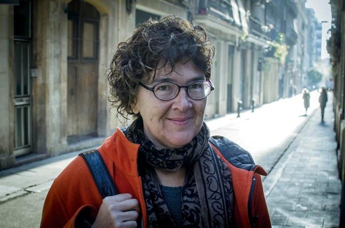 Liz Castro, al barri de Gràcia. Barcelona. Fotografia de Carles Domènec.